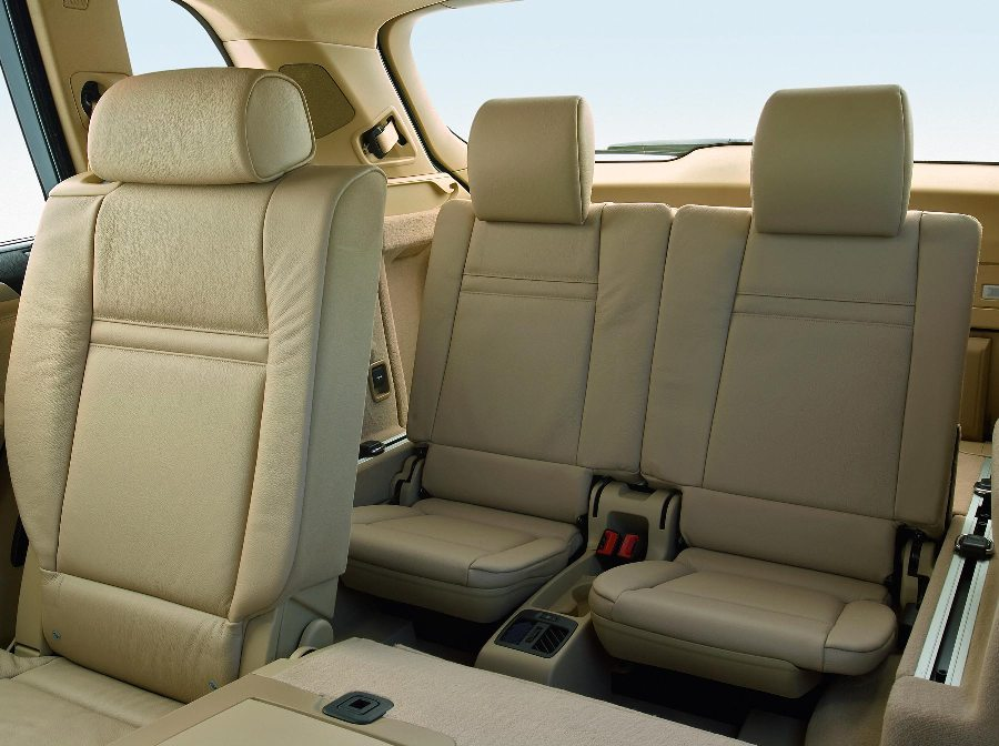 The X5 is beautiful, but the 3rd row seat is a joke ...